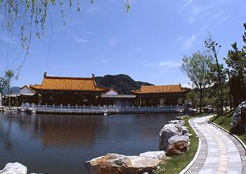 中国庭園燕趙園・東郷湖