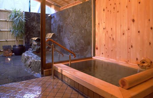 貸切露天風呂独山の湯