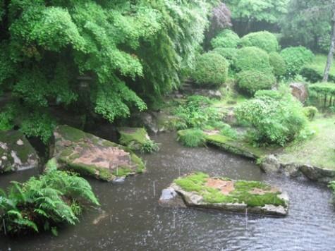 依山楼岩崎庭園