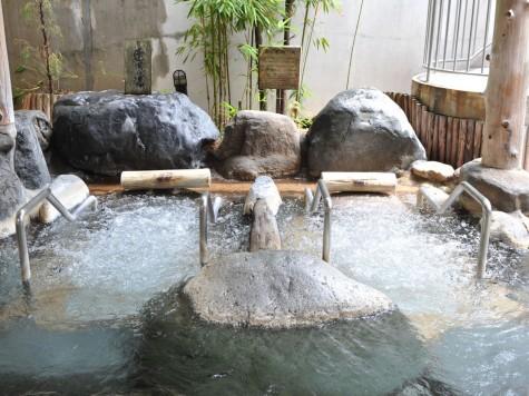 左の湯:寝湯